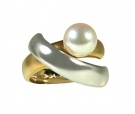 RTT13-212  Pearl Designer Ring 18K Two Tone Gold